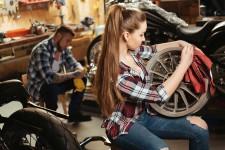 Nueve consejos para una conducción eficiente en moto